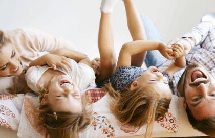 Kορωνοϊός και νέα καθημερινότητα: 5 ιδέες για δημιουργική απασχόληση στο σπίτι με τα παιδιά